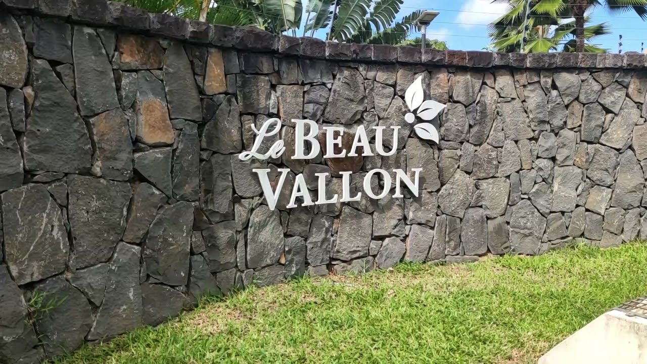 Download Select Property Services - Le Beau Vallon (Gated)