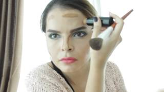 Look Slimmer with Makeup. Contouring/Highlighting Techniques. Thumbnail