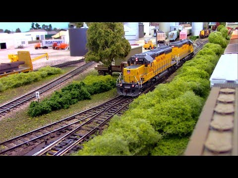HO Scale OPS: Union Pacific SD40s 'N the Park 2