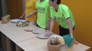 ブラジルVS. メキシコ戦後のブラジル大使館の朝食サービス@2014ワールドカップ(ブラジル大会)