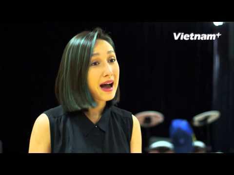 Ca sỹ Anna Trương