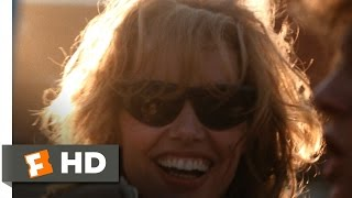 Thelma & Louise (6/11) Movie CLIP - Thelma Robs a Store (1991) HD