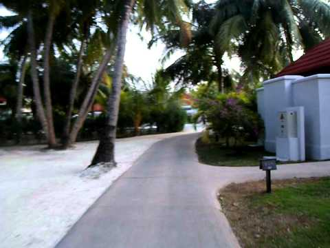 Vacation in Maldives - Tour inside Kurumba Hotel