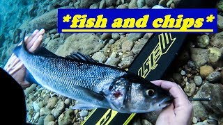 Spearfishing - CATCH and COOK - The BEST FiISH and CHIPS - Ψαροντούφεκο Ψαροκροκέτες με πατάτες ✔
