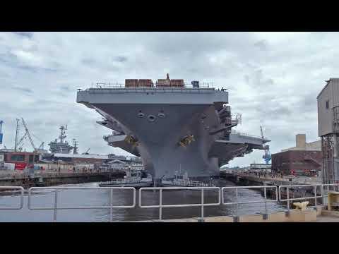 NNSY Undocks USS