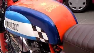ヤマハ・SR(エスアール)とは、ヤマハ発動機が販売しているオートバイ...