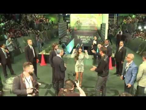 TORTUGAS NINJA - Megan Fox en la Green Carpet en México