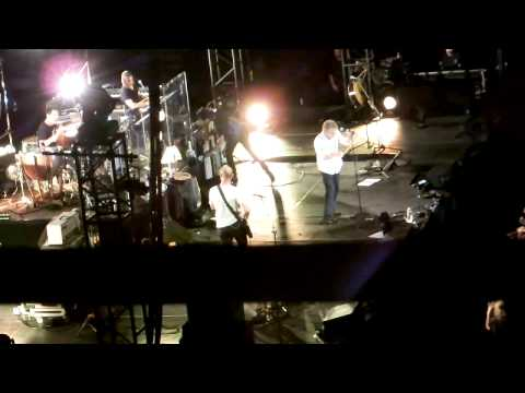 Roger Daltrey Plays Tommy in Ottawa 2011 (complete)