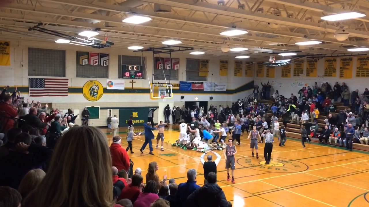 Muskegon Catholic Central wins Lakes 8 boys basketball title on ...