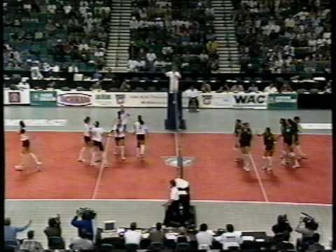 5 Wahine Volleyball g2