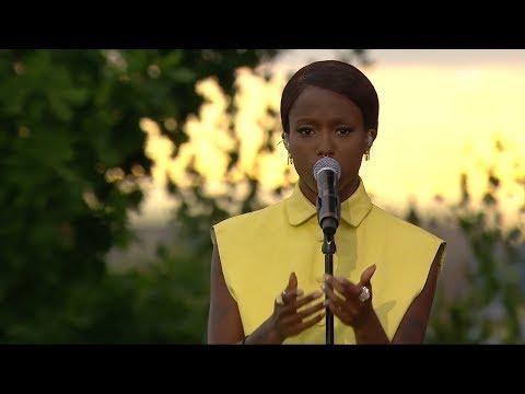"""Sabina Ddumba - Did It For The Fame (Live """"Allsång På Skansen"""" 2017)"""
