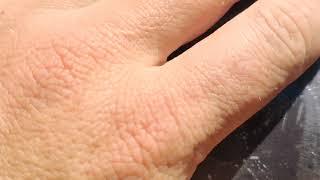Как найти прокол в матрасе на бархатной поверхности (дырку)