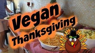 VLOG: Vegan Thanksgiving!! Thumbnail