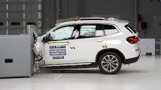 2018 BMW X3 driver-side small overlap IIHS crash test
