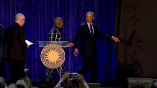 Obama unvails beautiful portrait