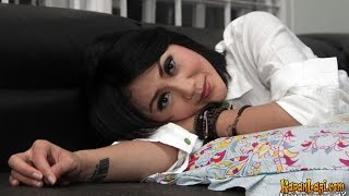 Download Video Aida Saskia Pergoki Suaminya Selingkuh MP3 3GP MP4
