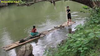 Primitive technology-  Survival skills Catch Big Fish and Grilled Fish at river-  Eating delicious