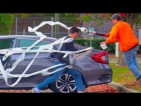 Toilet Papering People Prank!