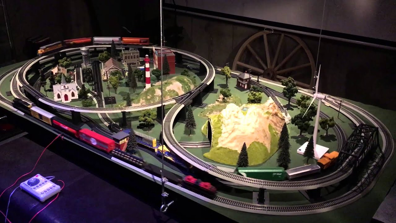HO Scale Complete Multi-Train Layout with Tracks, Trains ...