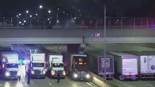 بالفيديو| 13 شاحنة لإنقاذ رجل أمريكي من محاولة انتحار