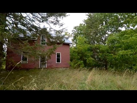 Abandoned House In The Middle Of Nowhere Ontario, Canada. Explore #22