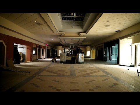 ABANDONED MALL  with power (found creepy statues)