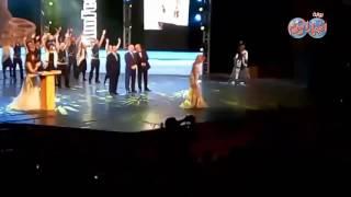 أخبار اليوم | تكريم الفنان يوسف شعبان ودخول يسرا على مسرح مهرجان الاسكندرية ابرز لحظات الافتتاح