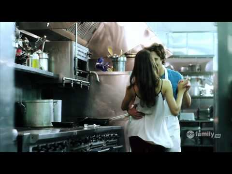Pretty Little Liars (PLL) Spencer Hastings Alex in Kitchen Dancing and Kissing on Siempre Tu (HD)