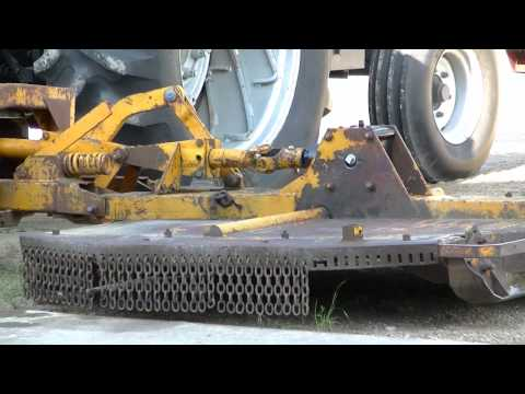 Woods Ditch Bank Mower New Gear Box - YouTube