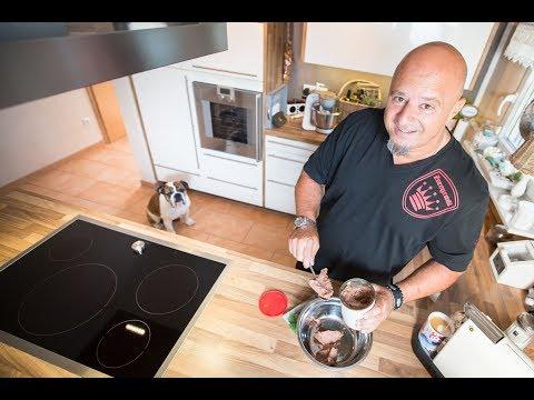 B.A.R.F. oder Trockenfutter? 🐾 Was füttert Detlef Steves?