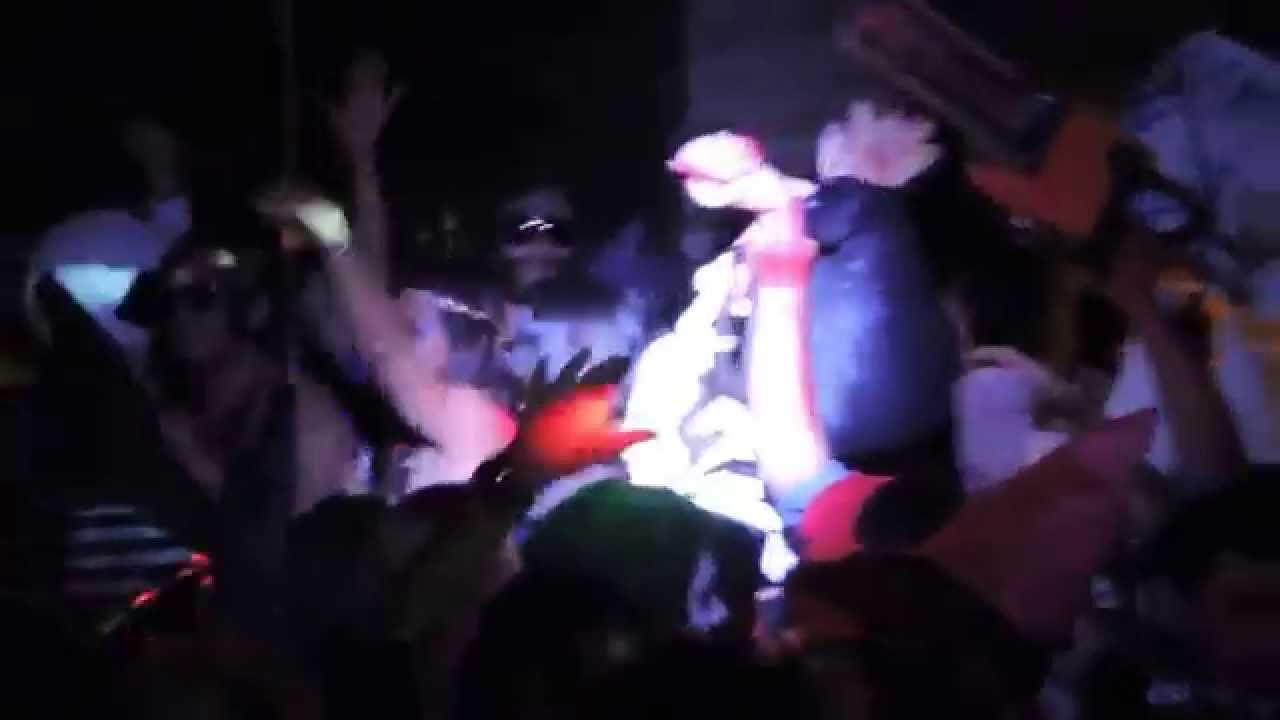Fiesta de Disfraces (Club Social y Nautico) - YouTube