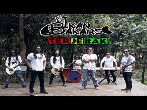 The Ikan Bakars - Terjebak ( Official Music Video)