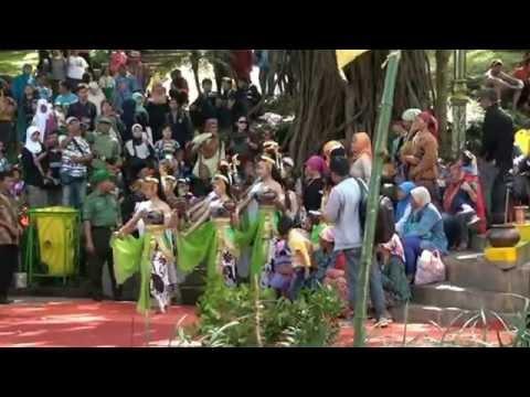 Grebeg Tengger Tirtoaji 2015, Bromo Cultural Tourism Indonesia, Bromo Tour Travel Malang Batu