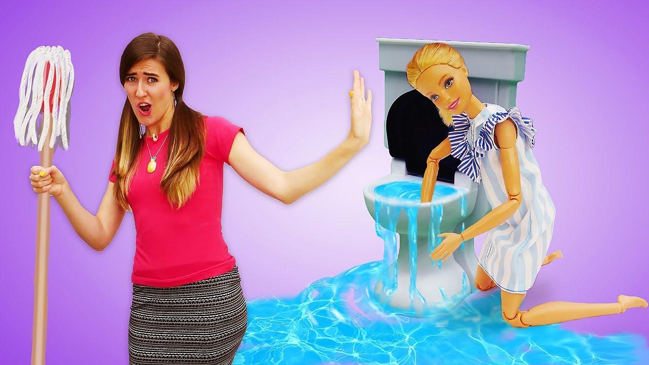 ¡El día de limpieza con Barbie! Muñecas Barbies. Vídeos para niñas