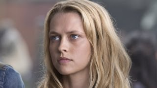 Download Video Teresa Palmer - Warm Bodies Interview HD MP3 3GP MP4