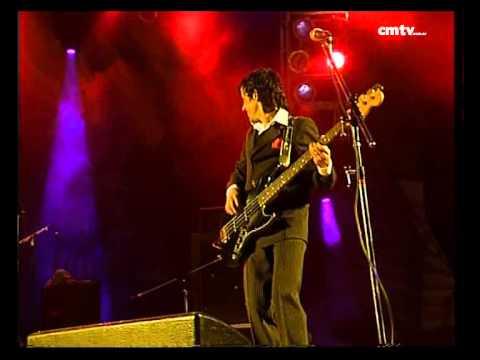 Los Gardelitos - El último hombre del bar (Baradero Rock 2006)