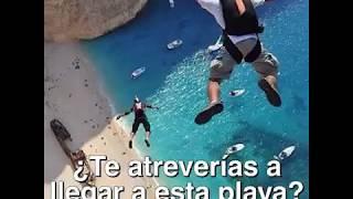 Salto en Playa Navagio - CABROWORLD