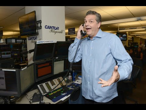 Sports Media World Pays Tribute To Mike Golic