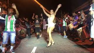 JULIANA PAES DANDO UM SHOW NO ENSAIO DA GRANDE RIO