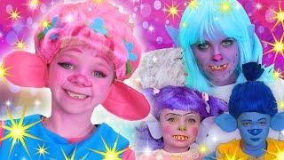 Trolls Face Paint Song | SparklePop