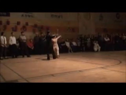 singer present 2 butterflies / Ballroom dance demo - shall we dance studio