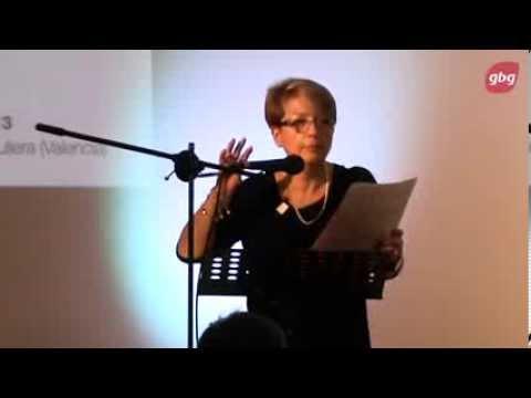 Ester Martínez: La familia extendida. Realidad y funciones.