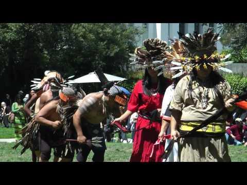 Elem Pomo Dancers