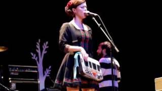 Skipalong (Live) | Lenka