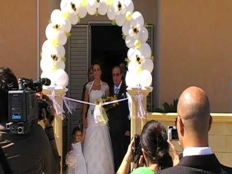 Palloncini sposa botrugno lecce uscita di casa allestimento garbocartoleria youtube - Addobbi matrimonio casa ...