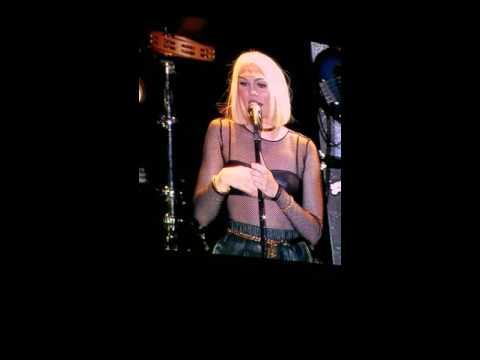 Jessie J and her inspirational speech at Universal Studios Florida