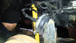 How to install front shocks on A Kenworth T2000 2006