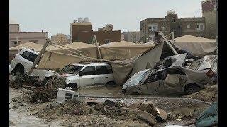 🔴سيول الكويت تجرف المركبات من امام المنازل