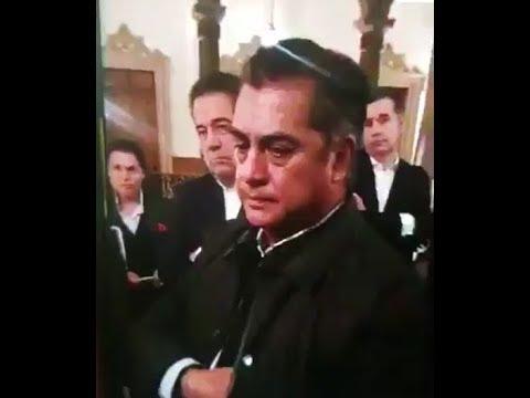 EL BRONCO ES EL TRUMP MEXICANO, AGREDIÓ A SEÑORA QUE LE SOLICITÓ APOYO PARA UN ENFERMO