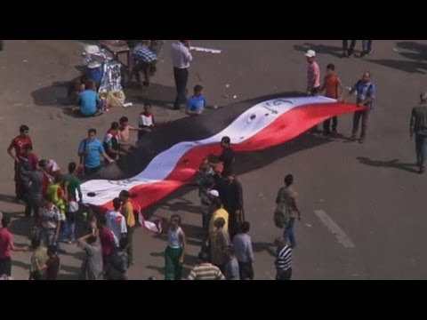 Egypt protest: Thousands gather for anti-Morsi rallies